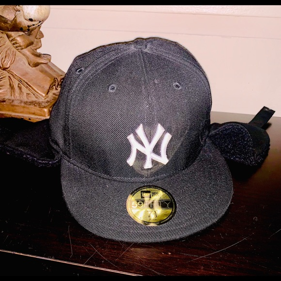 New Era Other - New era baseball hat for cold weather